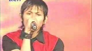 Indonesian idol 2008 - Eliminasi (Nur Ikhwantoko/LALA)