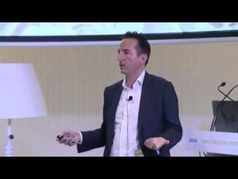 Customer-centric Big Data by Oscar Méndez at Dare2data