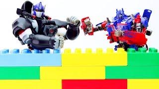 Transformers Optimus Primal vs Optimus Prime, Bumblebee Movie Animation Robot Truck Lego Robot!