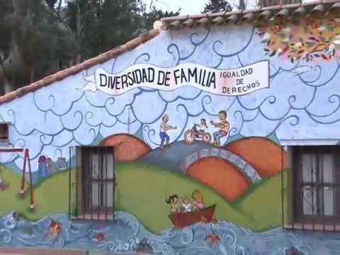 Mural diversidad de familia youtube for Editorial periodico mural