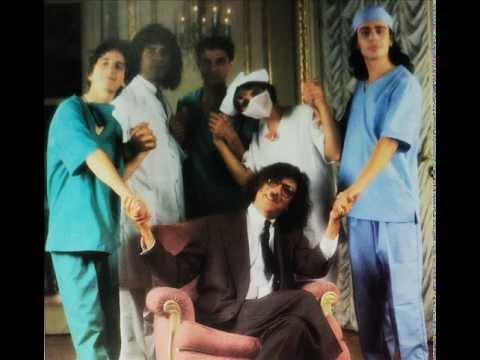 Charly García y los enfermeros - Break it all