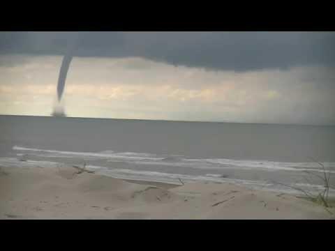 windhoos Ameland 8x versneld 26-06-2014 waterhoos Tornado dutch coast