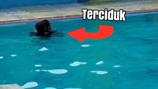 Download Video TERCIDUK PEGANG ANU/di kolam renang!!! MP3 3GP MP4