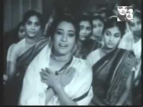 3 Kamallata 1969   Uttam Kumar   Suchitra Sen