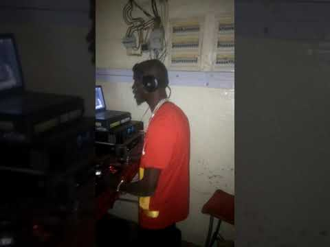 IBA ONE ENCOURAGE DJ DJIBO MIX TRÈS FAN DE TEAM GLADIA CE DJ C