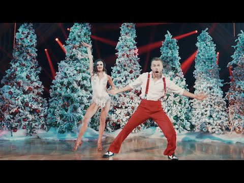 Derek Hough and Hayley Erbert Dance to 'Jingle Bells' and 'Hey Santa' - The Disney Holiday Singalong