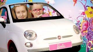 Саша и Богдана путешествуют на Барби - автомобиле