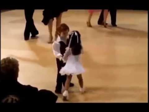 Дети таланты Спортивные бальные танцы  Малыши танцуют