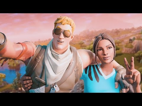This guy was taking selfies of us all game (Random Duos)