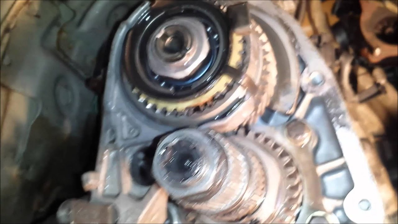 2002 wrx stuck in 5th gear fixed youtube rh youtube com Manual Transmition Manual Transmission Parts