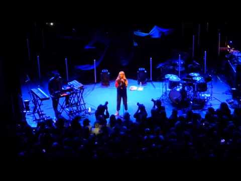 Broods - Conscious @ Shepherds Bush Empire - London - 17-3-2017
