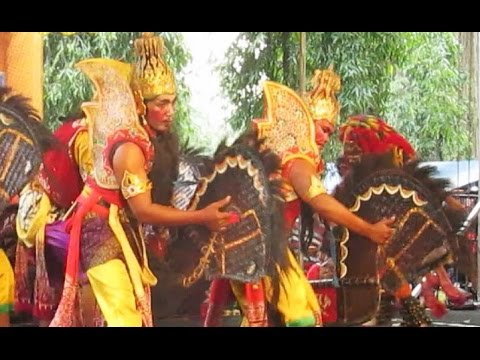 HORSE DANCE - Jathilan WAYANG WONG - Kuda Lumping Wayang Orang [HD]