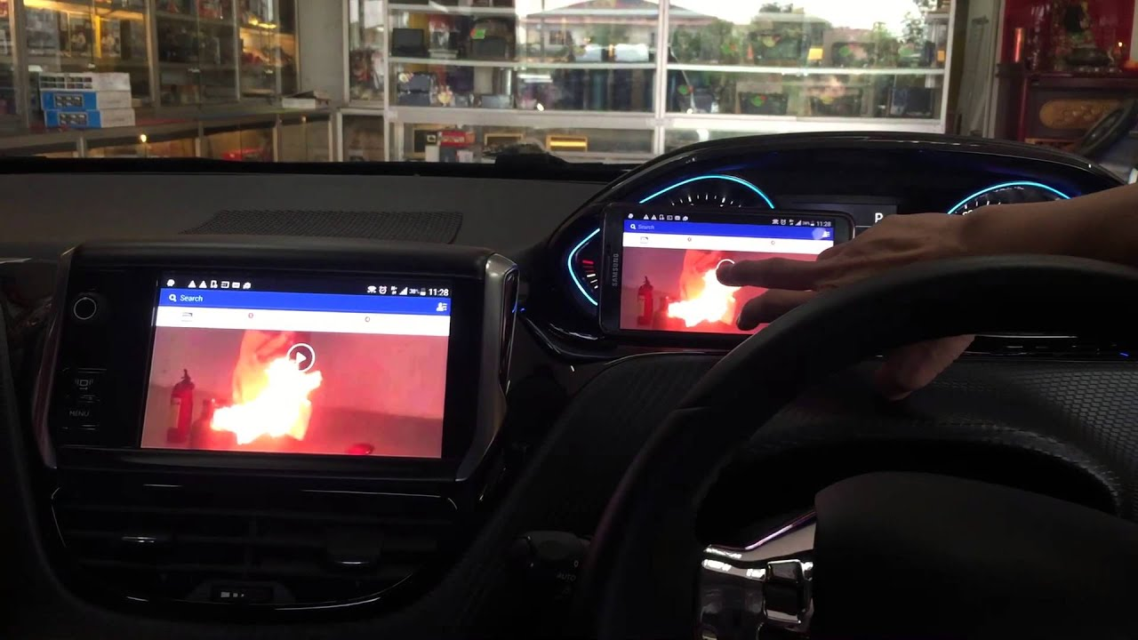 Peugeot 2008 original screen with mirror link system youtube for Mirror screen