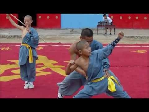 Shaolin Kung Fu - Shi De Yang´s School Exhibition Part 2