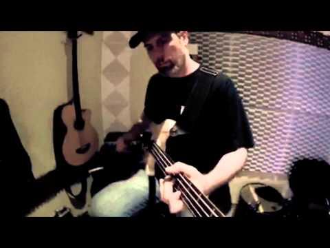 "Sofisma ""Get Ur Hands""  bass Renato Lagreca"