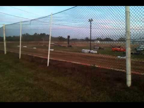 Lakeville speedway cruiser heat race 07/13/12