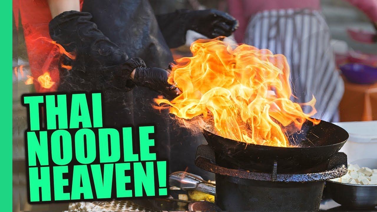 Bangkok's Impossible Pad Thai Noodles! Thai STREET FOOD Magic on Bangkok's Michelin Food Street!