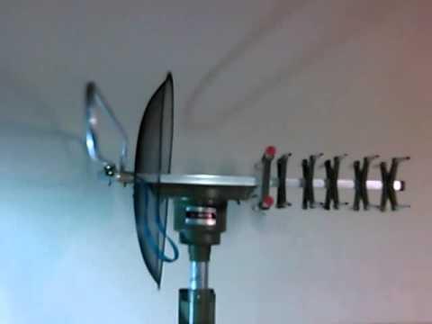 Antena para tv uhf vhf con base motorizada giratoria 360 for Antenas de tv interiores