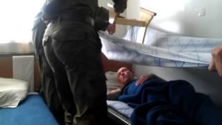 Потолок падает))3gp(Маленькие приколы армии)), 2012-06-17T11:32:46.000Z)