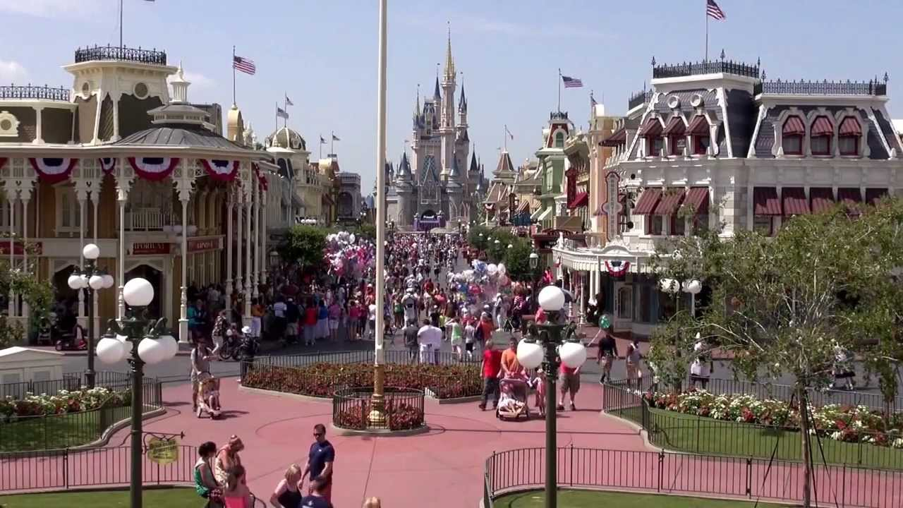 Magic Kingdom 2 Minutes Facing Down Main Street USA - Walt ...