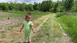 Ukrainian countryside; village life, goats; українське село; природа України; малышка на природе