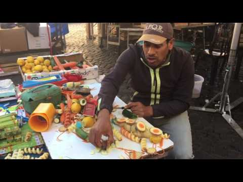 MUST WATCH - lol 😂 Italy - Rome - Campo de Fiori - Food Market - Guarda Mustafa