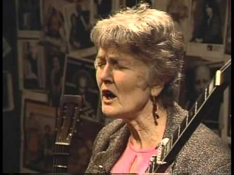 Horses Sing None of It 269 Peggy Seeger 10 23 01