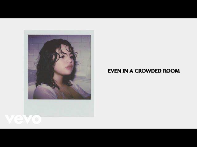 Selena Gomez - Crowded Room (Official Lyrics) ft. 6LACK