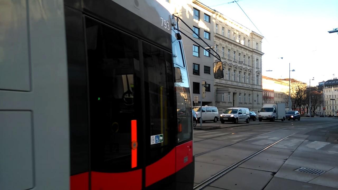 Straßenbahn Linie 43 In Alser Straße In Wien Youtube