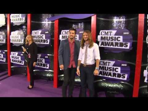 Kris Bentley & Nick Jamerson, Sundy Best CMT Music Awards
