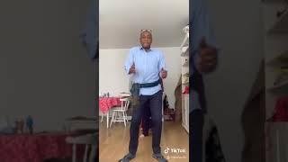 Helaroius African dad smashed the tiktok challenge ????????????