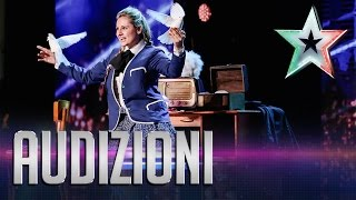 Magica Rosy, la poesia dell'illusionismo | Italia's Got Talent 2015