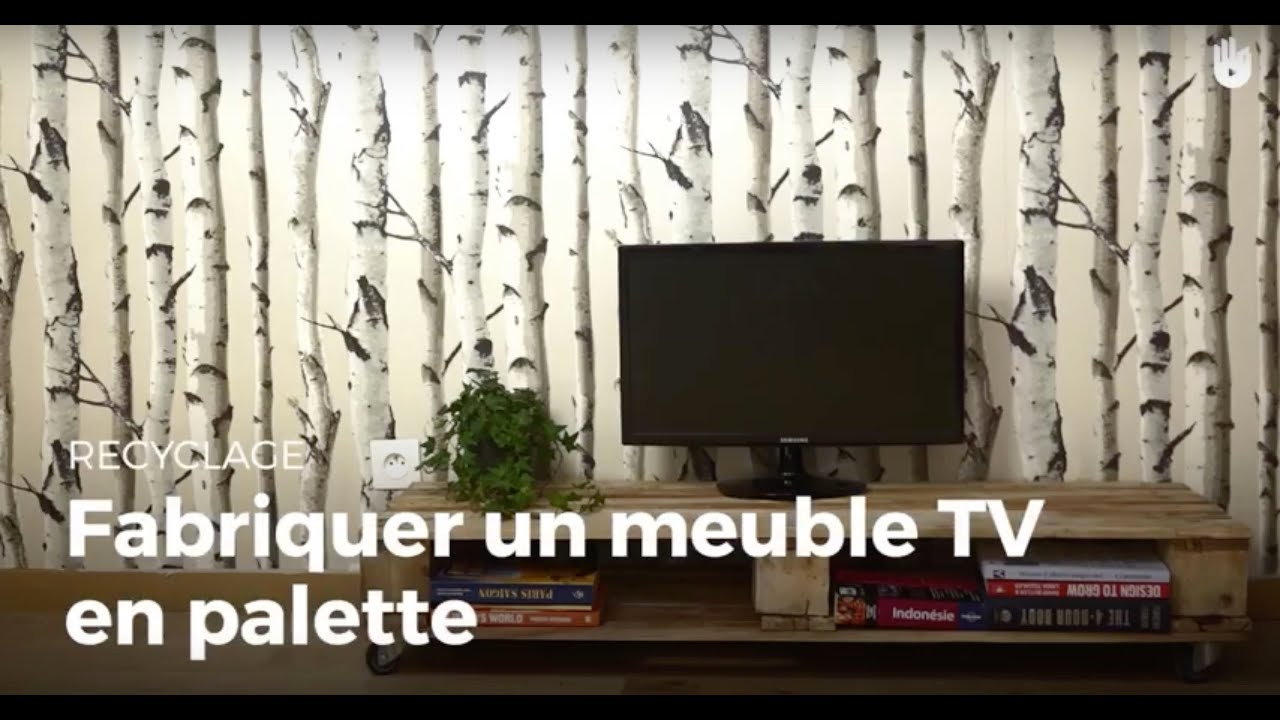 fabriquer un meuble tv en palette recycler youtube. Black Bedroom Furniture Sets. Home Design Ideas