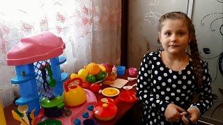новая кухня и посудка для девочек. Готовим еду, пищу: бульон, блинчики, чай!