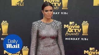 Mandy Moore sizzles in silver mini dress at MTV Movie Awards