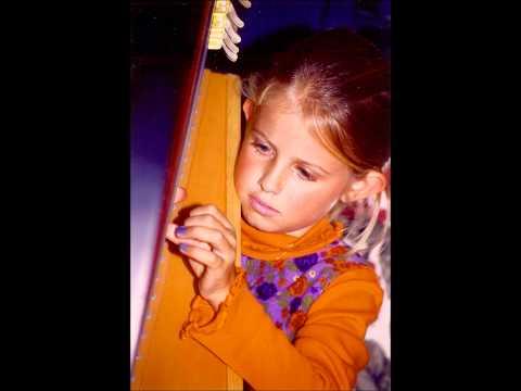 Kelsey Scott Jamieson - Harp.wmv