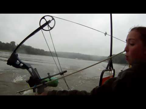 Illinois River Bowfishing Guide
