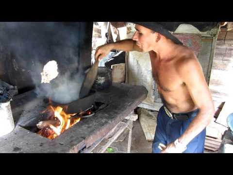 Cuban Coffee - Café Cubano - Rural Cuban Farm
