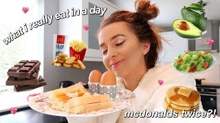 what i eat in a day as a basic fussy white girl *realistic*