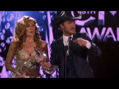 Rayna Jaymes & Luke Wheeler Winning