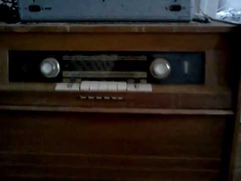 grundig m1 st des 50 39 s radio fm lampe pickup st r o youtube. Black Bedroom Furniture Sets. Home Design Ideas