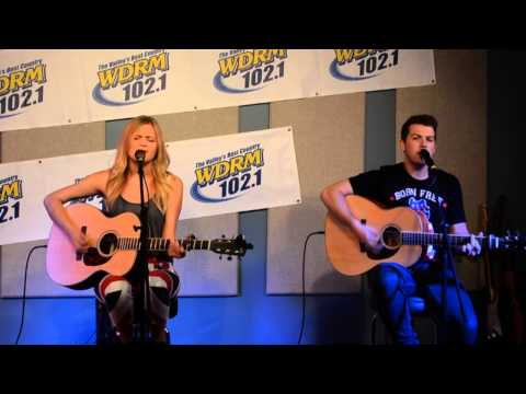 Kelsea Ballerini sings The First Time