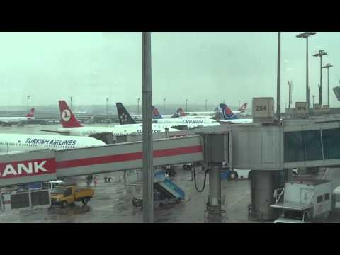 A rainy morning at Istanbul Atatürk Airport
