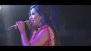 Gambar cover Shreya Ghoshal live melodious performance ever | Thodi Der ( Half Girlfriend )