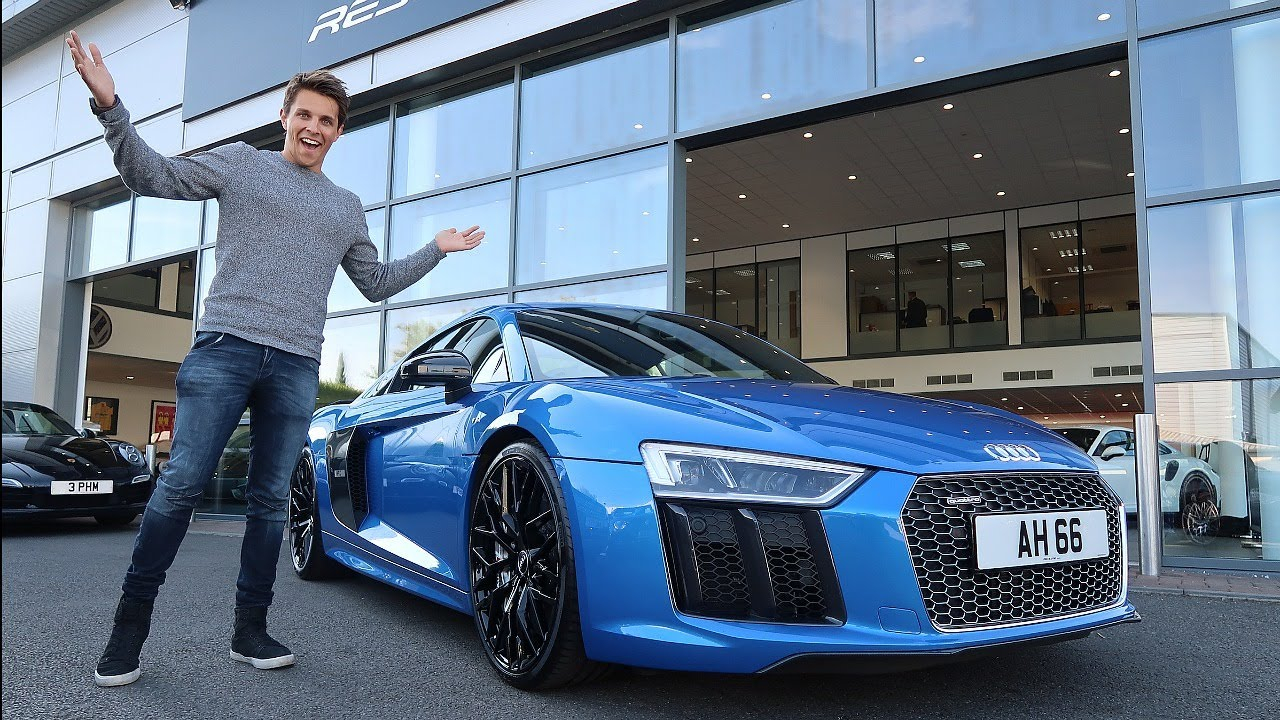 COLLECTING MY AUDI R8 V10 PLUS!!