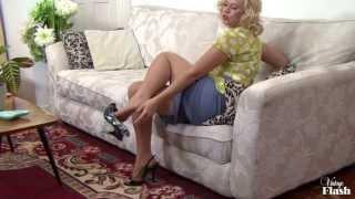 Repeat youtube video Anna Joy's unbridled nylon indulgence!