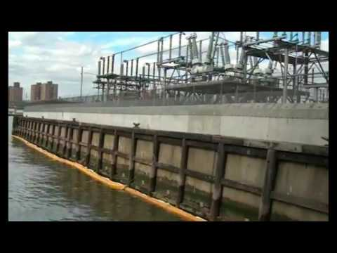 'Catastrophic Failure' Causes Oil Spill In NYC East River, Massive Cleanup Required