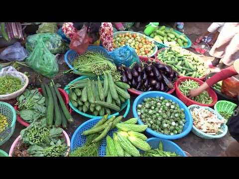 Amazing Market Street Food Tour 2019, Amazingly Smiling Cambodian Sellers, Best Market Street Foods