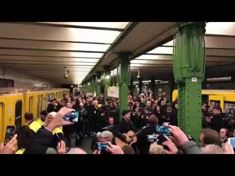 U2 in Berlin - Deutsche Oper - Miniconcert 2017