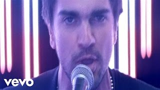 Watch Juanes Tres video